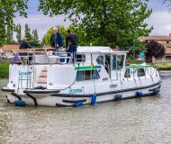 Houseboat Penichette 1180 for charter in Marina Morin