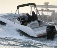Motoryacht Aquarius Open chartern in Hafen von Hyeres