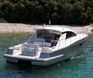 Motorboot Cyrus 13.8 Yachtcharter in Marina Zadar