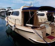Motorboot Damor 980 Yachtcharter in Hafen von Trget