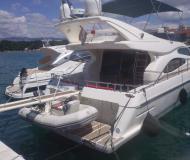 Motoryacht Ferretti 46 Fly Yachtcharter in Baska Voda