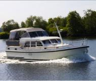 Motorboot Grand Sturdy 29.9 AC chartern in Buchholz