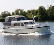 Motor yacht Grand Sturdy 40.9 AC for rent in Kuurne