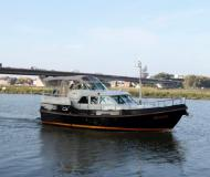 Motor yacht Grand Sturdy 40.9 AC for rent in Kinrooi