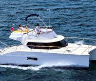 Motor boat Highland 35 for hire in Ajaccio