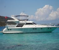 Motoryacht Horizon E56 available for charter in Nanny Cay Marina