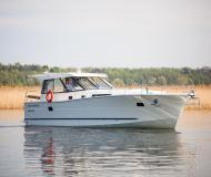 Motorboot Nautika 1300 Yachtcharter in Wilkasy Marina