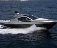 Motor yacht Pearlsea 56 Coupe for hire in Marina Baska Voda