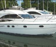 Motoryacht Princess 42 chartern in Biskopsuddens Marina