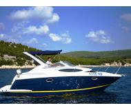 Motor yacht Regal 2860 Commodore for rent in Marina Spinut