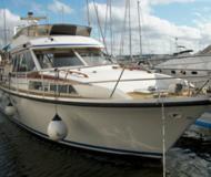 Motoryacht Royal Cruiser 40 chartern in Sjohed Marina