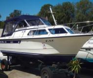 Succes Marco 810 OC Motorboot Charter Deutschland