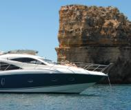 Motorboot Sunseeker Manhattan 50 Yachtcharter in Marina de Lagos