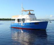 Motorboot Swift Trawler 44 Yachtcharter in Marinatown Yachthafen
