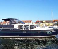 Motor boat Vacance 1350 for hire in Yacht Harbour Waren