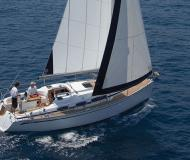 Sailing boat Bavaria 31 for hire in Riva del Garda