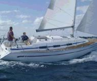 Yacht Bavaria 32 for rent in Skiathos main Harbour