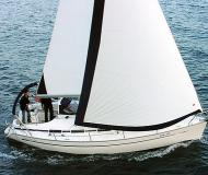 Sailing yacht Bavaria 32 Cruiser for hire in Palma