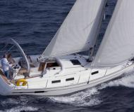 Sail boat Bavaria 32 for charter in Marina Jachtwerf Maronier