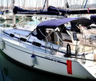 Sailing yacht Bavaria 33 Cruiser for rent in Marina Izola