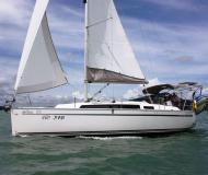 Segelboot Bavaria 33 Cruiser chartern in Yachthafen Marina Phuket