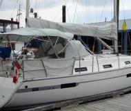 Sailing yacht Bavaria 36 for hire in Nanaimo Harbour
