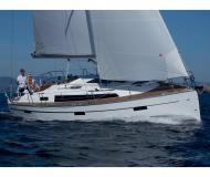 Yacht Bavaria 37 available for charter in Marina d Angra