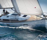 Sailing yacht Bavaria 37 Cruiser available for charter in Sipplingen