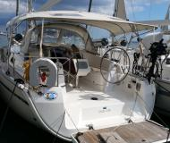 Sailing yacht Bavaria 37 Cruiser for hire in Marina Joyeria Relojeria