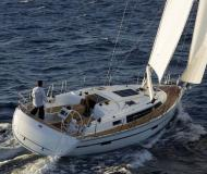 Sailing boat Bavaria 37 Cruiser for rent in Marina Jachtwerf Maronier