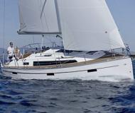 Segelboot Bavaria 37 Cruiser Yachtcharter in Marina Grossenbrode