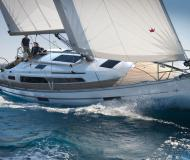 Yacht Bavaria 37 Cruiser for rent in Lavagna