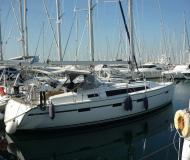 Yacht Bavaria 41 Cruiser available for charter in Alimos Marina Kalamaki