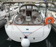 Yacht Bavaria 41 Cruiser available for charter in Kos Marina
