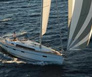 Sailing yacht Bavaria 41 Cruiser for hire in Marina Atlantico
