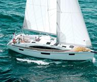 Yacht Bavaria 42 Vision for rent in Port Pile
