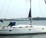 Sail boat Bavaria 43 Cruiser available for charter in Tourlos Marina