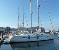 Sailing yacht Bavaria 45 Cruiser for rent in Marina Kroeslin