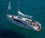 Sailing yacht Bavaria 46 Cruiser for hire in Marina Atlantico