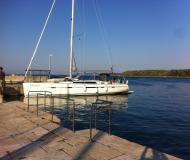 Yacht Bavaria 55 Cruiser chartern in Marina Veruda