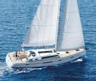 Sail boat Bavaria 56 Cruiser available for charter in Tourlos