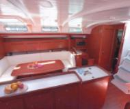 Yacht Cyclades 50.5 - Sailboat Charter Thira