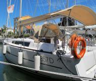 Segelboot Dufour 310 Grand Large chartern in Hafen der Uhr