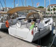 Sailing yacht Dufour 310 Grand Large for rent in Marina Sant Elena