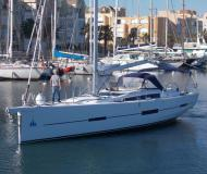 Yacht Dufour 560 Grand Large available for charter in Castellammare di Stabia