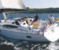 Yacht Elan 444 Impression Yachtcharter in YC Marina