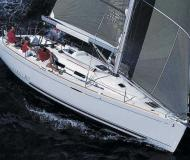 Yacht First 36.7 chartern in Nettuno