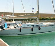 Yacht First 40.7 - Sailboat Charter San Vincenzo