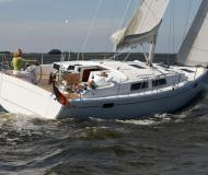 Sailing boat Hanse 385 for charter in Vila Franca do Campo