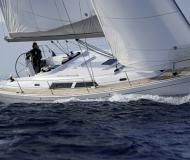 Sail boat Hanse 400 for hire in Port Santa Margherita